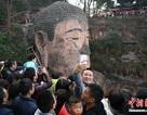 Dân Trung Quốc xếp hàng 4 tiếng vào lễ tượng Phật