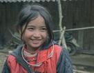 """Nụ cười """"tan chảy trái tim"""" của bé gái H'Mông """"hút"""" dân mạng"""