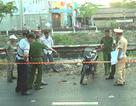 Nam thanh niên nằm chết cạnh xe máy, trên cổ có vết thương