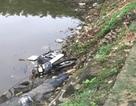 Phát hiện thi thể nam giới nằm úp mặt ven sông