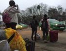 Taxi từ chối đi khoảng cách gần, bỏ mặc hành khách ở sân ga trong giá rét!
