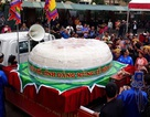 """Dâng bánh dày """"khổng lồ"""" lên Đền Hùng: Chờ ý kiến Chủ tịch tỉnh"""