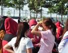 """Vụ hàng ngàn công nhân bị """"xù Tết"""": Vạ vật trong nắng nóng chờ xử lý"""