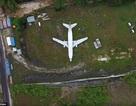 """Bí ẩn chiếc máy bay nguyên vẹn """"từ trên trời rơi xuống"""" đảo Indonesia"""