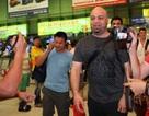 Johnny Trí Nguyễn từ chối tiếp, cao thủ Flores sẽ sớm rời Việt Nam