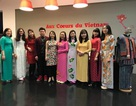 Khai mạc triển lãm trang phục 54 dân tộc Việt Nam tại Pháp