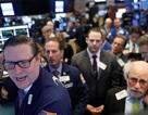 Bán tháo trên thị trường chứng khoán Mỹ do lo ngại chính phủ vỡ nợ