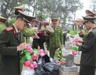 Hơn 1.000 đoàn viên, thanh niên ra quân chăm sóc phần mộ liệt sĩ