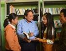 Bộ trưởng TT&TT tặng quà người nghèo những ngày giáp Tết