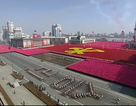 Tên lửa, xe tăng xuất hiện trong lễ duyệt binh của Triều Tiên