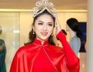 Hương Giang Idol chuẩn bị áo dài dự thi Hoa hậu Chuyển giới Quốc tế