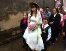 """Đám cưới đặc biệt của """"chú rể cao 1m, cô dâu 1,6m"""" gây xôn xao"""