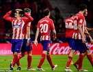 Griezmann ghi 4 bàn, Atletico chỉ còn kém Barcelona 4 điểm
