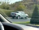 Xe bán tải chạy ngược chiều trên cao tốc Liên Khương - Đà Lạt