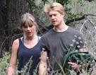 Hình ảnh hiếm hoi của Taylor Swift bên bạn trai hiện tại