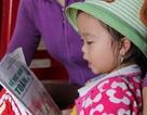 Không thuộc bảng chữ cái, bé gái 3 tuổi vẫn đọc vanh vách cả cuốn sách