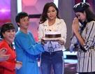 Á hậu Hoàng Thùy bật khóc khi được Hoài Linh, Việt Hương mừng sinh nhật