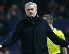 MU bị loại khỏi Champions League: Bi kịch mâu thuẫn của Mourinho