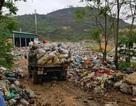 """Bãi rác """"tra tấn"""" dân, ruồi nhặng bâu kín nhà"""