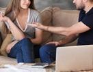 Bị vợ tiêu hết tiền lương, anh chồng nhất quyết đòi ly hôn