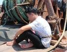 Giải cứu 4 thuyền viên bị chủ tàu trói bằng xích sắt