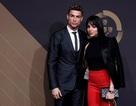 Sau scandal tình ái, C.Ronaldo vẫn thân mật bên bạn gái