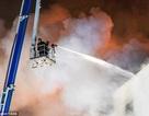Nga: Trung tâm mua sắm chìm trong biển lửa, người dân hoảng loạn thoát thân