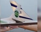 """Máy bay chở khách Đức và Israel """"khóa đuôi"""" trên đường băng"""