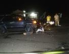Va chạm với ô tô, thai phụ và con trai 4 tuổi thiệt mạng