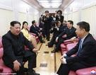 Bức ảnh hiếm hoi bên trong đoàn tàu kiên cố của ông Kim Jong-un