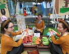 Học sinh mầm non trải nghiệm học tập từ phiên chợ quê