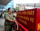 Bảo vệ dân phố vay tiền ngân hàng tự chế xe cứu hỏa