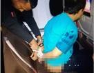 Hành khách bị trói vì khỏa thân, gây rối trên máy bay