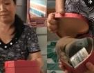 """Cô gái miền Tây tặng mẹ hộp tiền lớn nhân dịp 8/3 gây """"sốt"""" cộng đồng"""