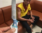 Nhân viên an ninh hàng không bị tấn công bằng dao