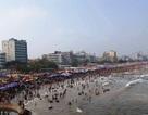 Bắn pháo hoa chào mừng lễ hội du lịch biển Sầm Sơn năm 2018