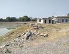 Dang dở dự án nước sạch nằm cạnh kho thuốc trừ sâu