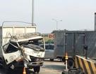 Xe tải tông trạm BOT cầu Đồng Nai
