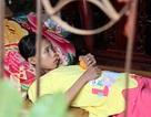 Bị bố mẹ bỏ rơi, bé gái mồ côi đếm ngược chờ ngày chết vì bệnh suy thận