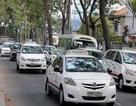 """Uber rút lui, kiện Grab ra toà: """"Ông trùm"""" taxi truyền thống đang """"hồi sinh""""?"""