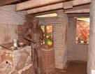 Độc lạ: Ngôi nhà xây từ hơn... 10 tấn socola