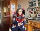 """Phục """"sát đất"""" cụ bà 88 tuổi bán hết nhà cửa vi vu khắp thế giới"""