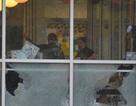 Tay súng khỏa thân sát hại 4 người tại nhà hàng Mỹ