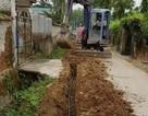 """Vụ Chủ tịch xã cho lắp đường ống nước """"chui"""":  Yêu cầu kiểm điểm, tháo gỡ đường ống vi phạm!"""
