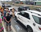9 xe tông nhau liên hoàn, giao thông cửa ngõ Sài Gòn kẹt cứng