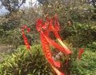Ngỡ ngàng trước những dải băng lạ trên đường lên chùa Đồng - Yên Tử