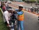 Lại xảy ra tai nạn ngã xe máy, văng sang làn ôtô ở đầu hầm Thủ Thiêm