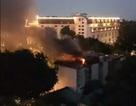 Hà Nội: Cháy nổ lớn ở cửa hàng quần áo