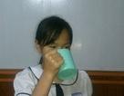 Xử lý nghiêm vụ cô giáo bắt HS súc miệng bằng nước giặt giẻ lau bảng