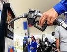 """Giá xăng dầu đồng loạt tăng """"sốc"""""""